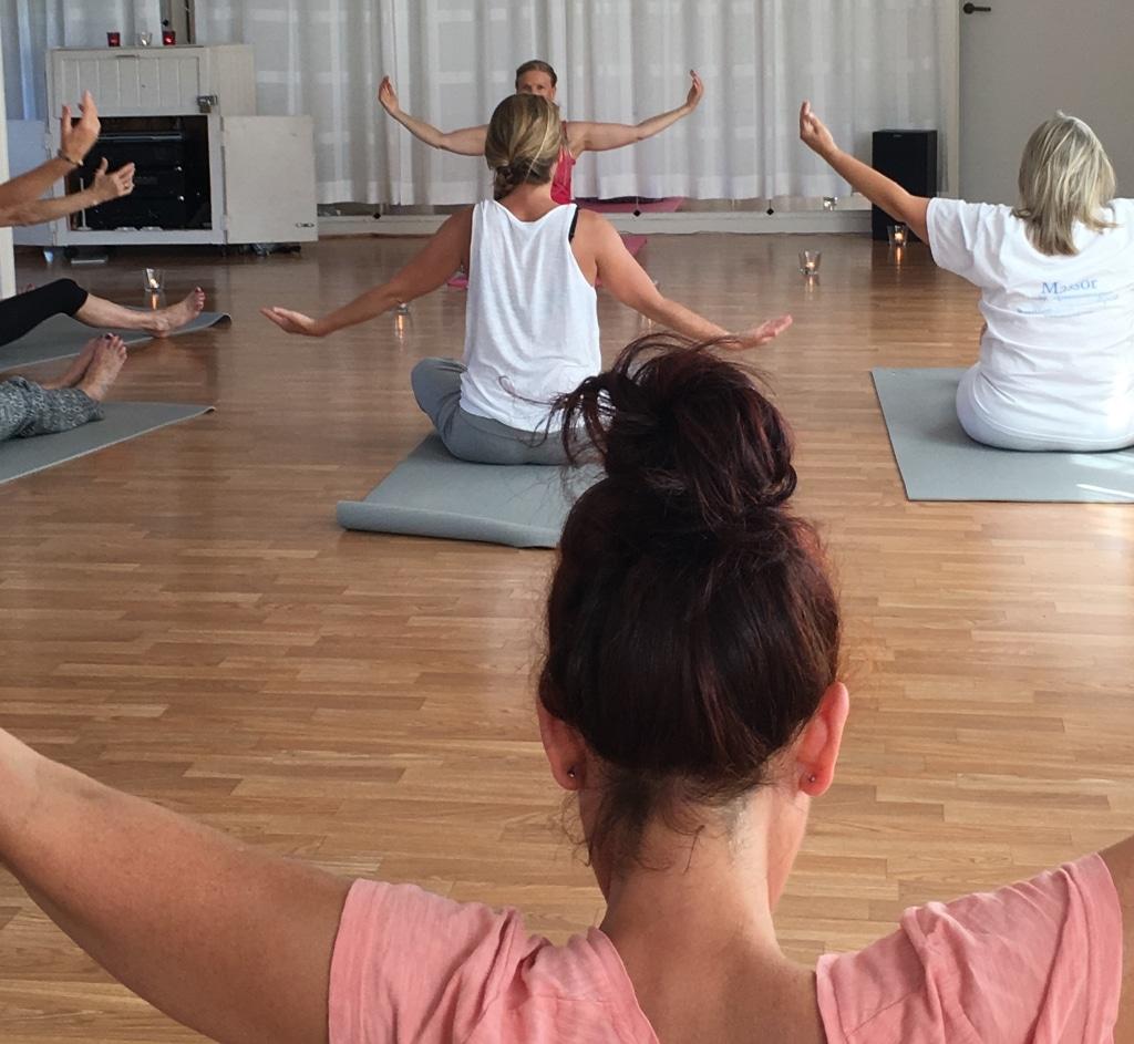 Yoga 1024px